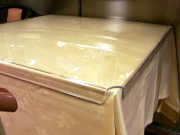 Table covers or tablecloth- cover  in high impact methacrylate